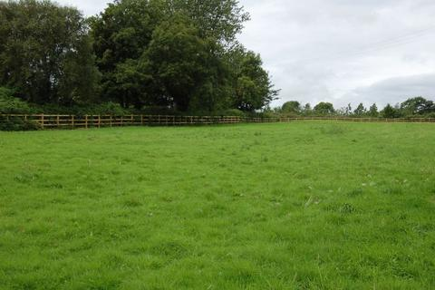 Land to rent - 1.41 Acres of Grazing Land, New Inn Road, Bridgend