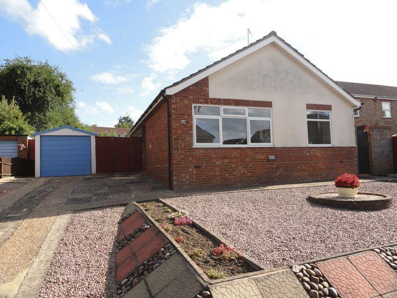 3 Bedrooms Detached Bungalow for sale in Romany Road, Norwich