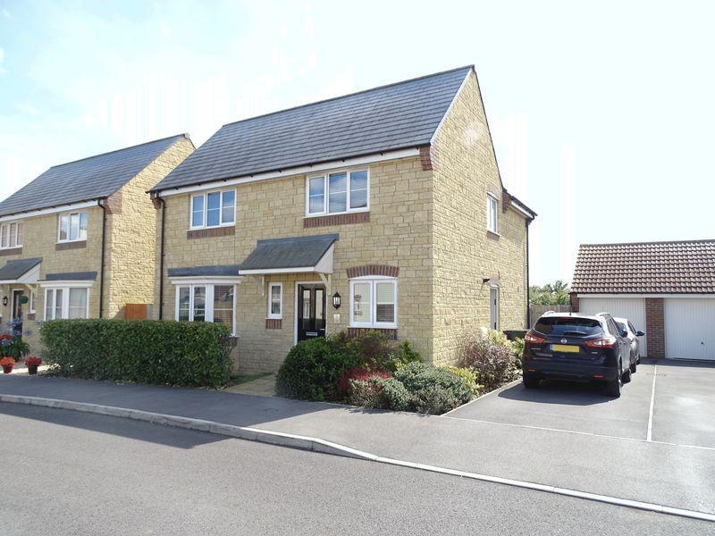 4 Bedrooms Detached House for sale in Thyme Road, Melksham
