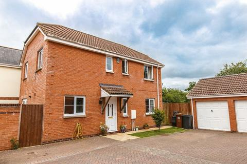 4 bedroom detached house for sale - Bassetts Close, Copplestone