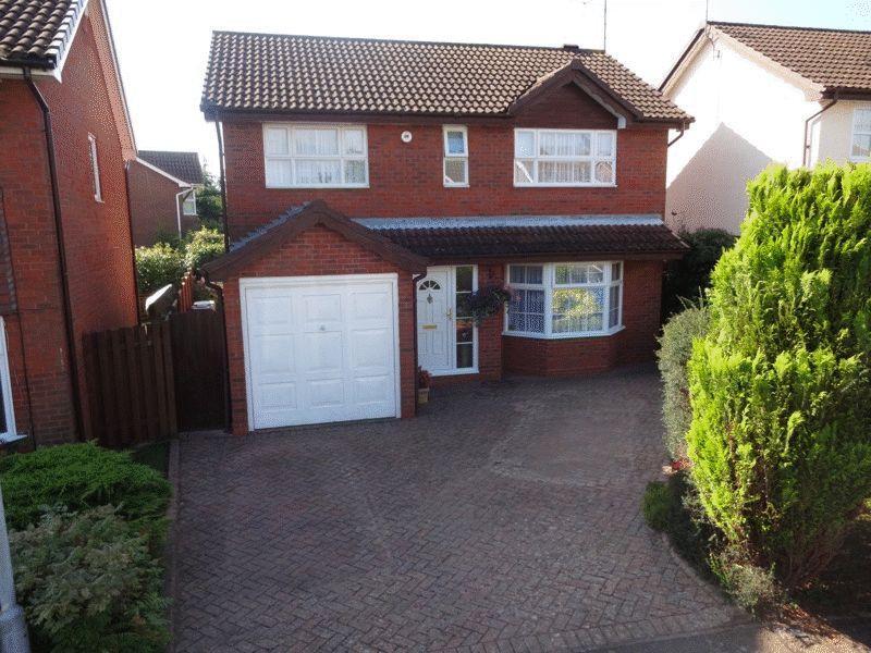 4 Bedrooms Detached House for sale in Sworder Close, Luton