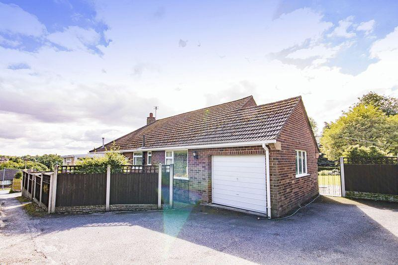 3 Bedrooms Detached Bungalow for sale in ALMA HEIGHTS, MICKLEOVER