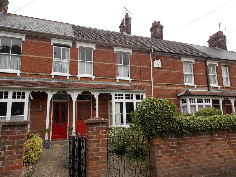4 Bedrooms Terraced House for sale in York Road, Bury St Edmunds