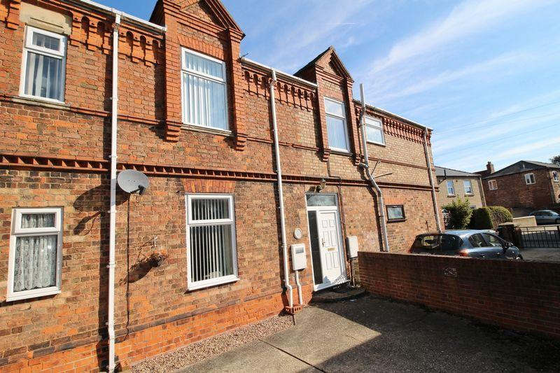 2 Bedrooms Terraced House for sale in Park Lane, Alford