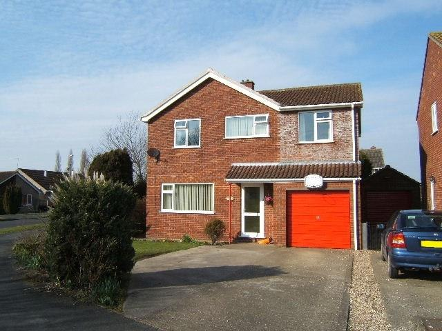 4 Bedrooms Detached House for sale in Holmes Road, Stickney, Boston, PE22