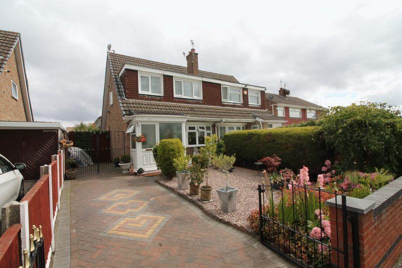 3 Bedrooms Semi Detached House for sale in Churton Avenue, Prenton