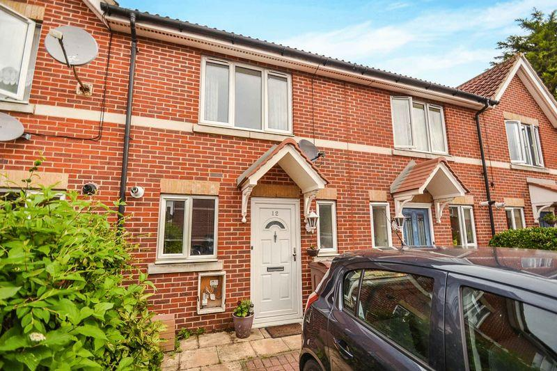 2 Bedrooms Semi Detached House for sale in Dagenham
