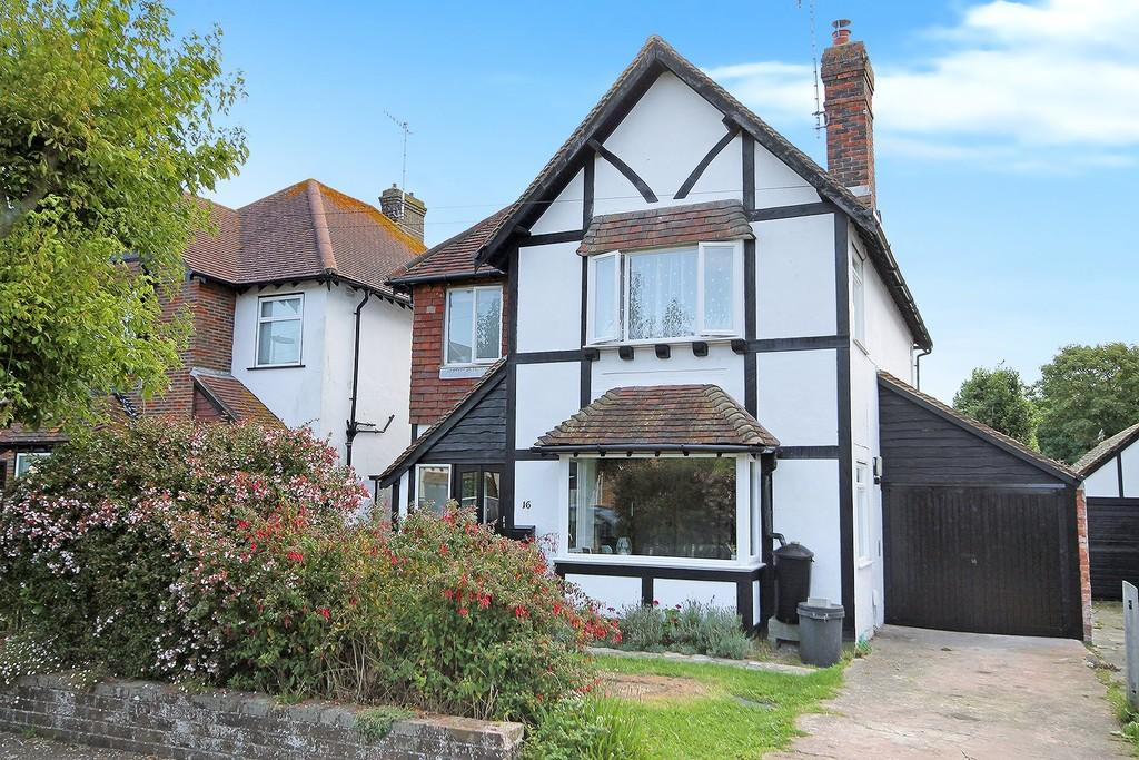 3 Bedrooms Detached House for sale in Lansdowne Close, Worthing BN11 5HF