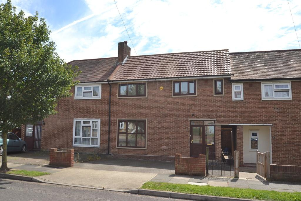 2 Bedrooms Terraced House for sale in Mowbrays Road, Collier Row
