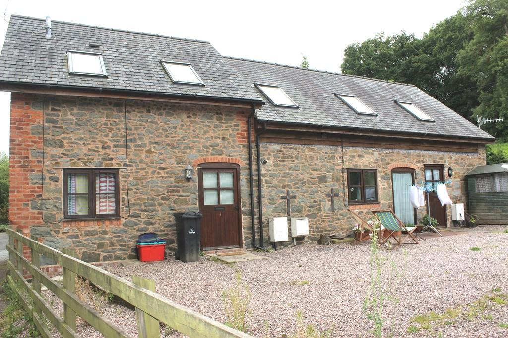 5 Bedrooms Barn Conversion Character Property for sale in Bwlch-Y-Cibau, Llanfyllin