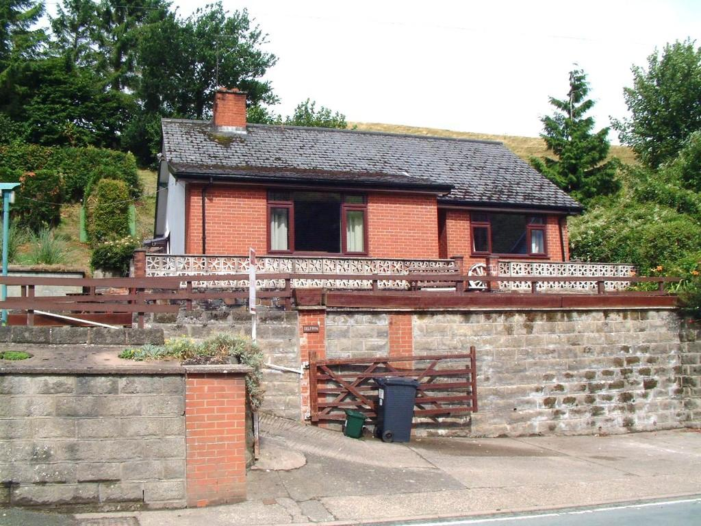 3 Bedrooms Detached Bungalow for sale in Watergate Street, Welshpool