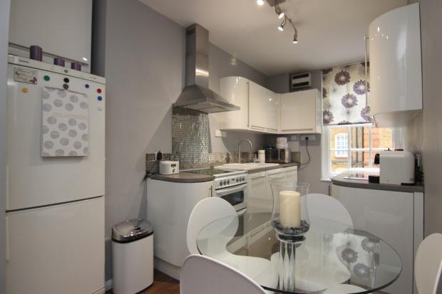 2 Bedrooms Apartment Flat for sale in Portpool Lane Bourne Estate, Portpool Lane, London, EC1N