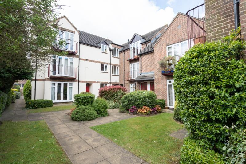 2 Bedrooms Apartment Flat for sale in Sunderland Avenue, Oxford, Oxfordshire