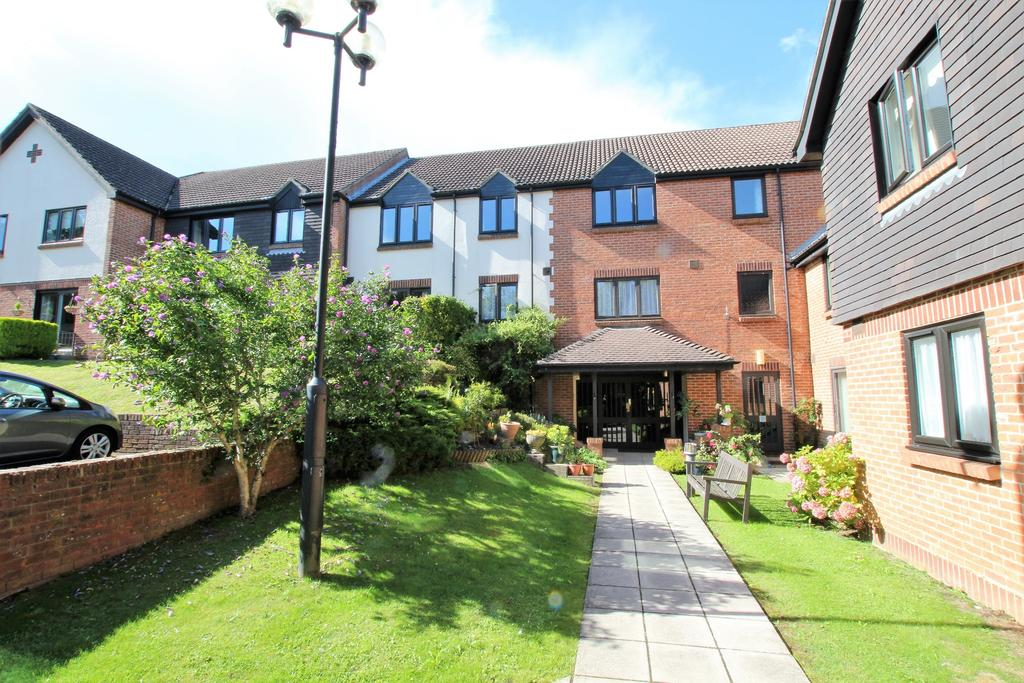 2 Bedrooms Retirement Property for sale in HORNDEAN