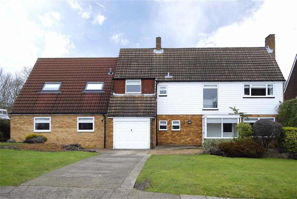5 Bedrooms Detached House for sale in Cheriton Avenue, Bromley, Kent