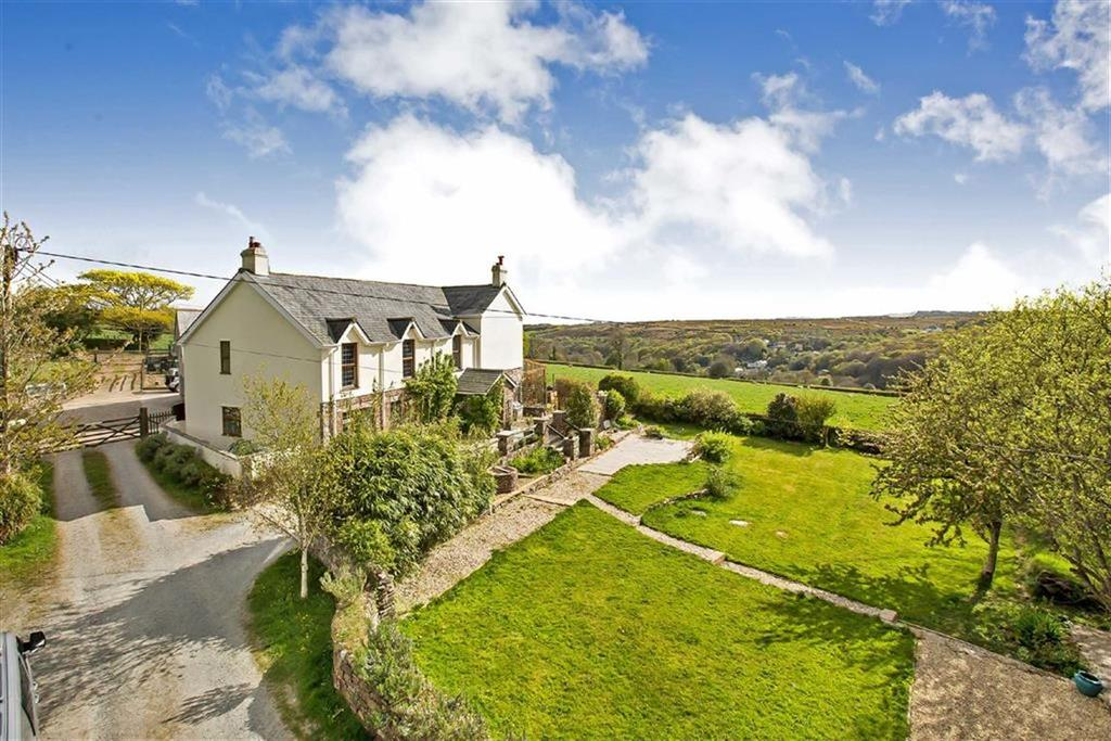 5 Bedrooms Semi Detached House for sale in Hoo Meavy, Yelverton, Devon, PL20