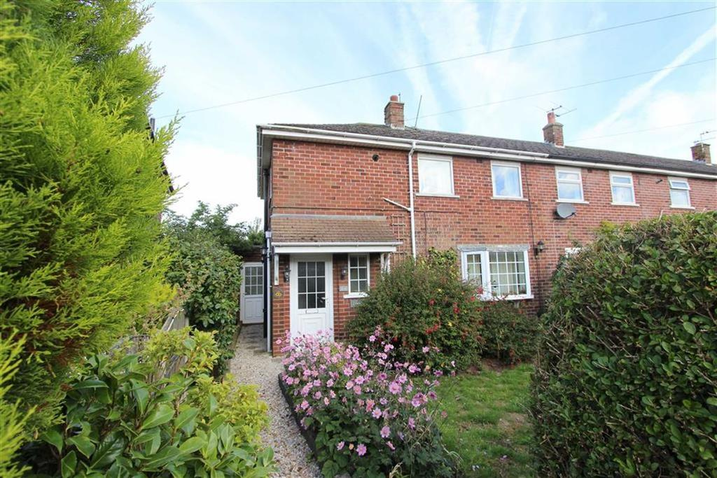 3 Bedrooms End Of Terrace House for sale in Coniston Avenue, Lytham St Annes, Lancashire