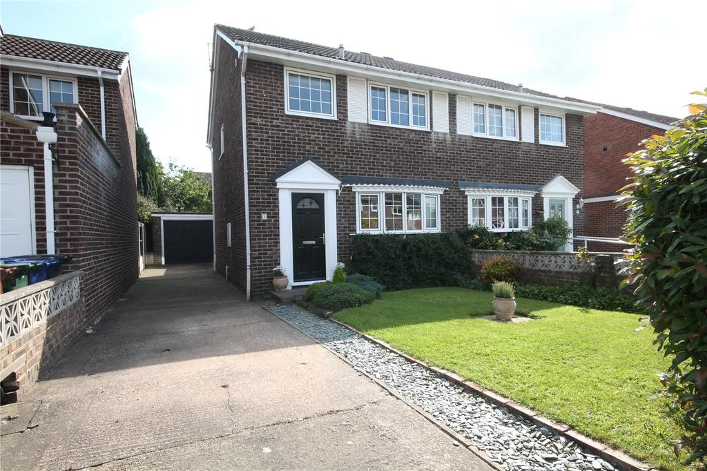 3 Bedrooms Semi Detached House for sale in Ashley Croft, Royston, Barnsley, S71