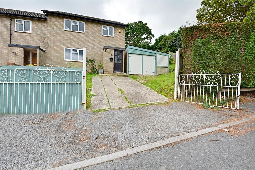 3 Bedrooms End Of Terrace House for sale in Morgan Close, Bexhill-On-Sea