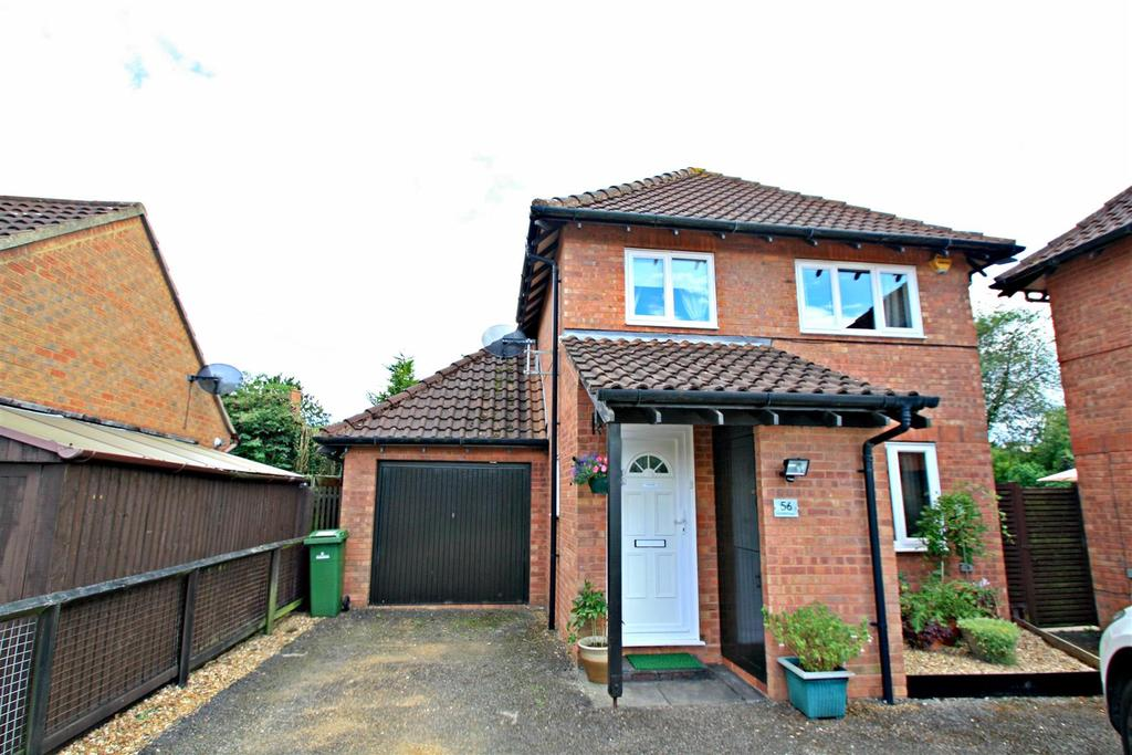 3 Bedrooms Detached House for sale in Lichfield Down, Walnut Tree, Milton Keynes