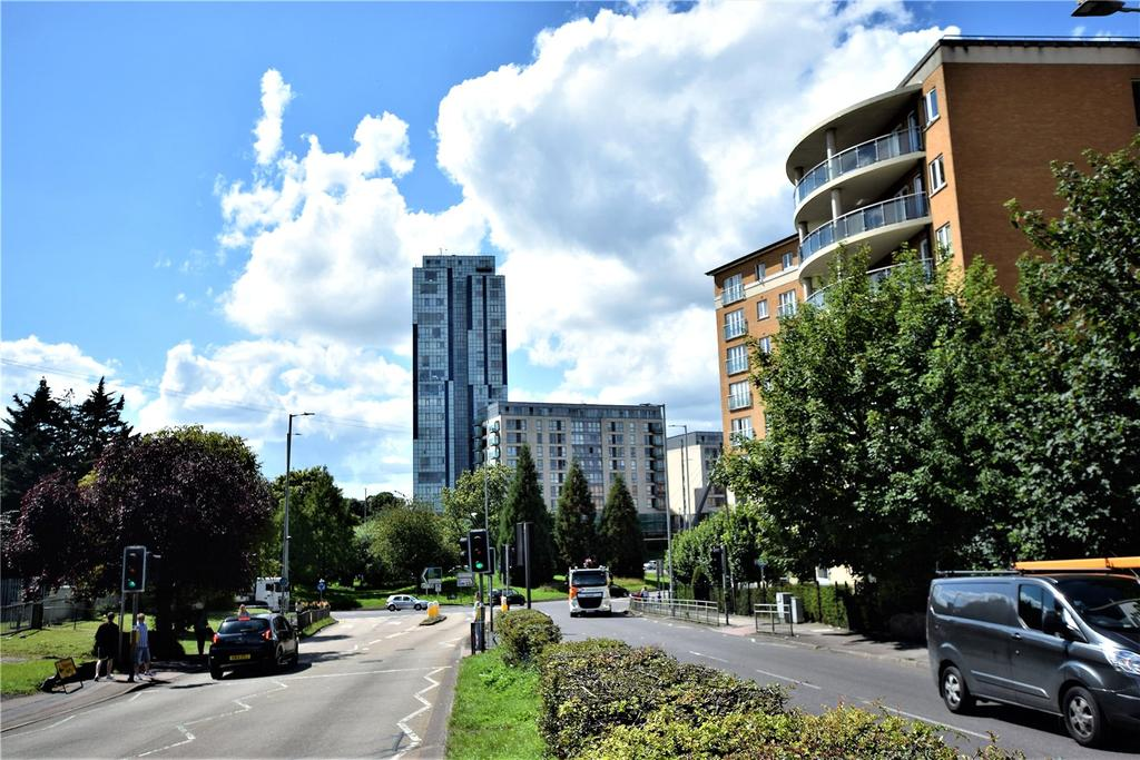 1 Bedroom Apartment Flat for sale in K D Tower, Cotterells, Hemel Hempstead, Hertfordshire, HP1