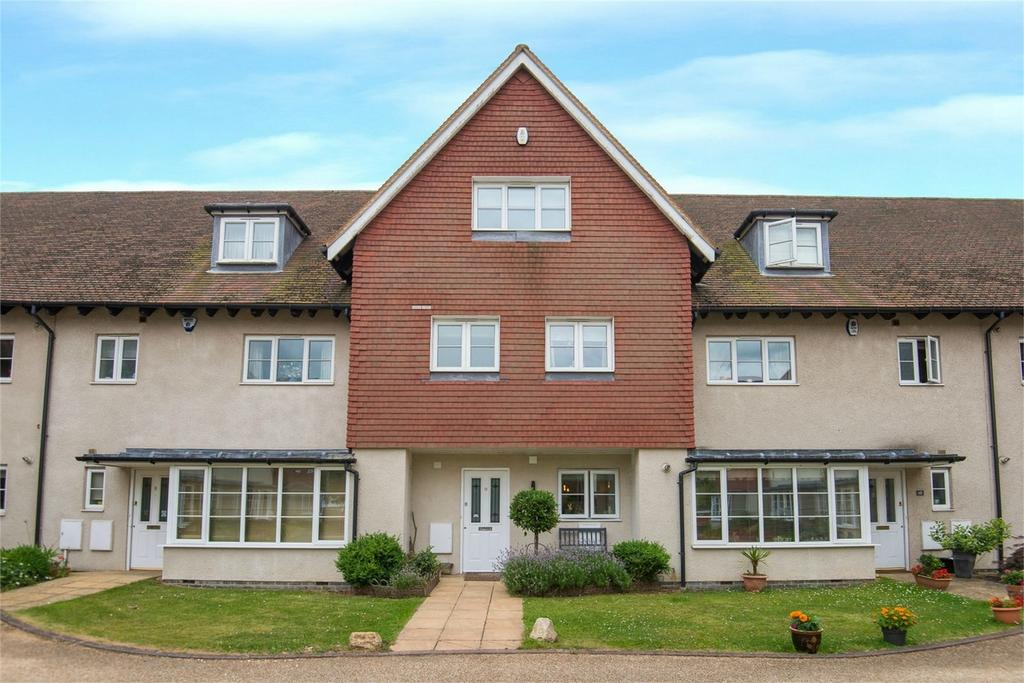 3 Bedrooms Town House for sale in Nevells Road, Letchworth, Herts