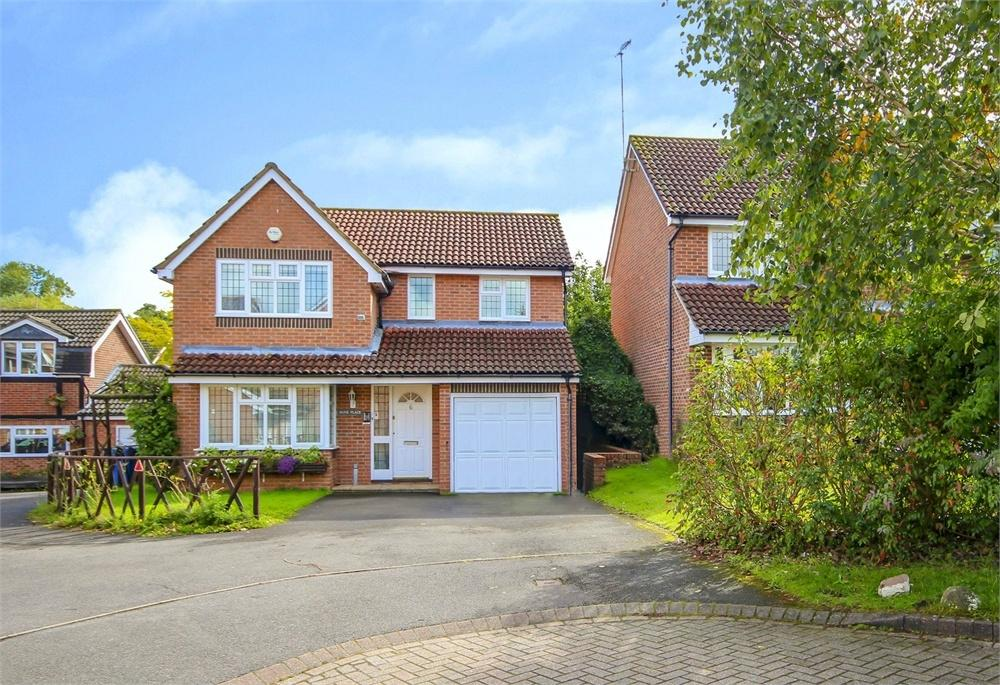 4 Bedrooms Detached House for sale in Juliet Gardens, Warfield, Berkshire