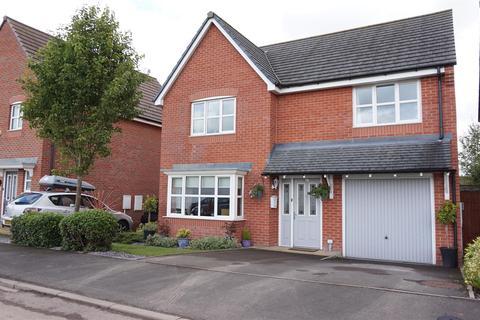 4 bedroom detached house for sale - Carsington Drive, Brindley Village, Stoke-On-Trent, Staffs