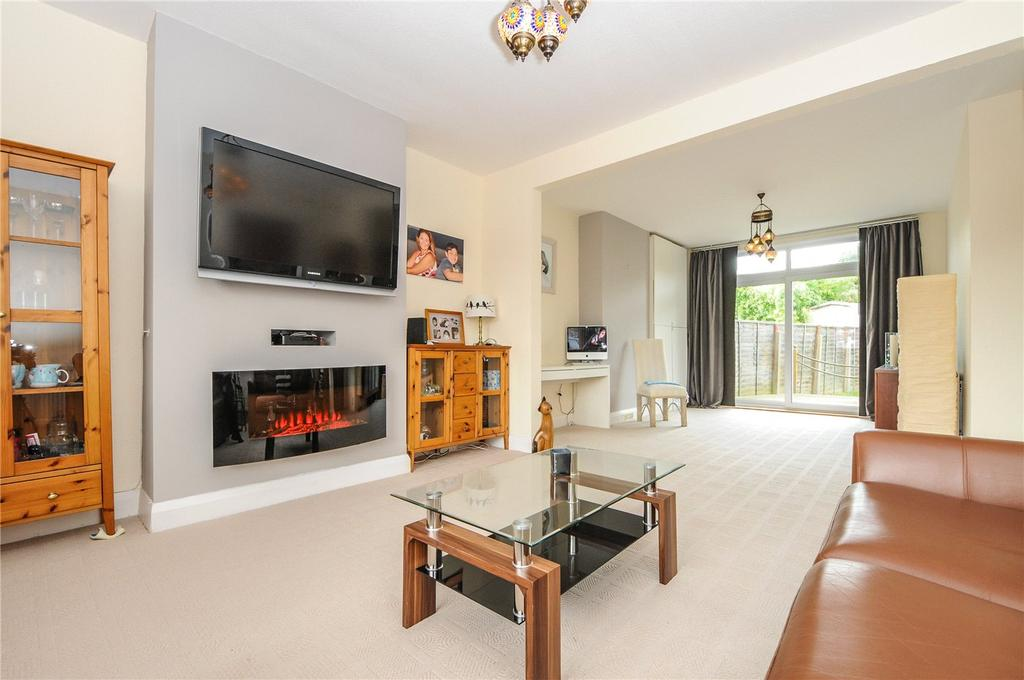 4 Bedrooms Semi Detached House for sale in Peverel Road, Worthing, West Sussex, BN14
