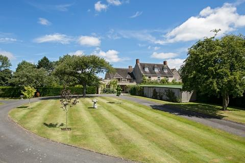 6 bedroom manor house for sale - Rural South Warwickshire