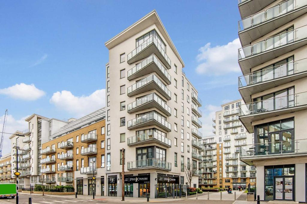 2 Bedrooms Flat for sale in Alboran Apartments, E3