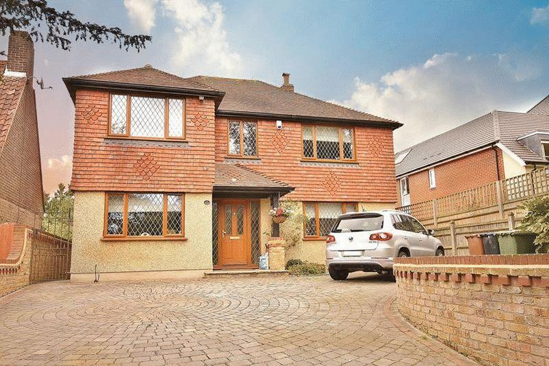 5 Bedrooms Detached House for sale in Limpsfield Road, Warlingham