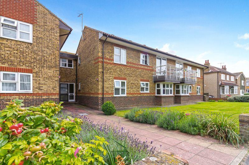1 Bedroom Flat for sale in Old Salts Farm Road, Lancing