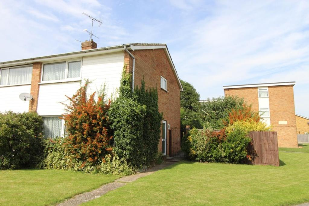 2 Bedrooms Semi Detached House for sale in Dorothy Sayers Drive, Witham, Essex, CM8