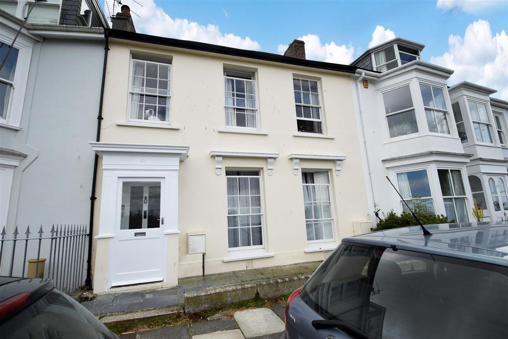 4 Bedrooms Terraced House for sale in Wodehouse Terrace, Falmouth
