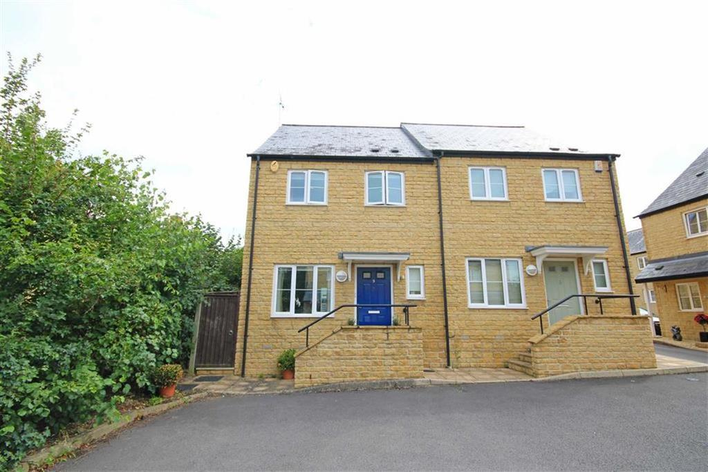 3 Bedrooms Semi Detached House for sale in Longwood Leys, Woodmancote, Cheltenham, GL52