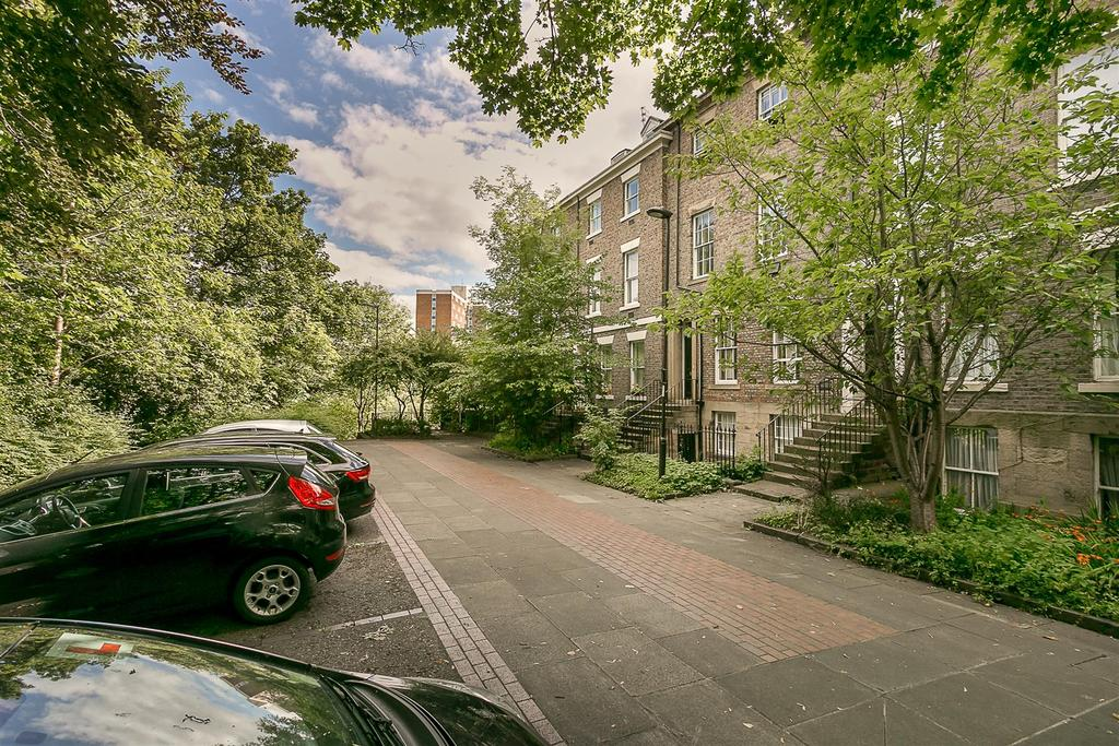 1 Bedroom Flat for sale in Victoria Square, Newcastle upon Tyne