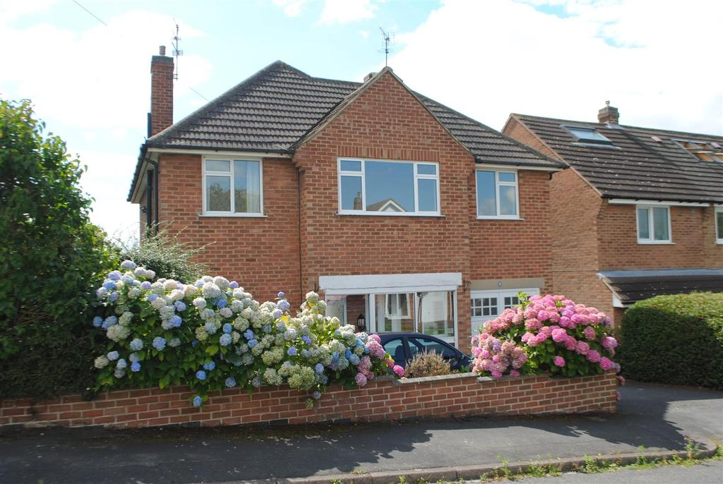3 Bedrooms Detached House for sale in Woodbrook Road, Loughborough