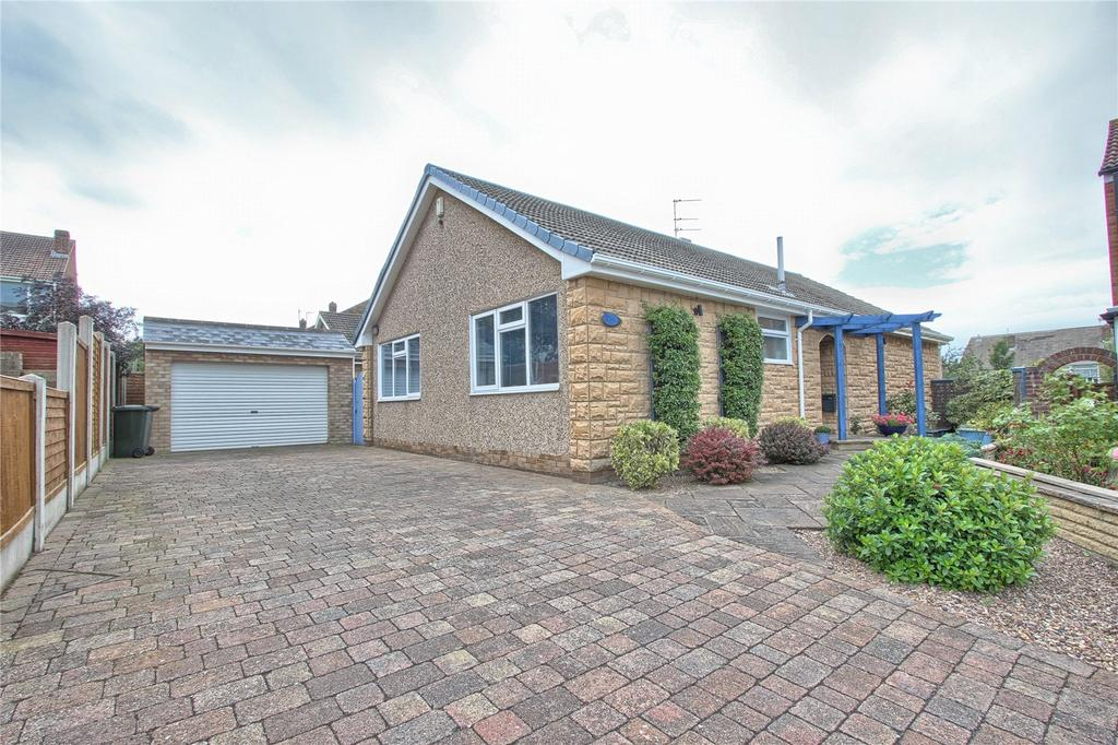3 Bedrooms Detached Bungalow for sale in Drake Close, Marske-by-the-Sea