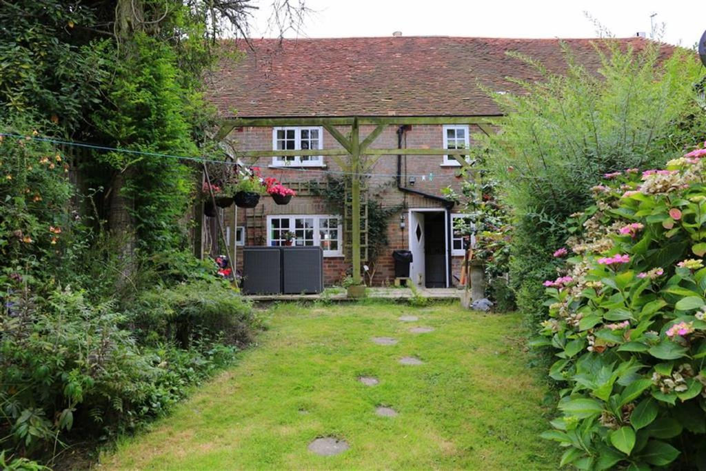2 Bedrooms Terraced House for sale in Friars Hill, Guestling