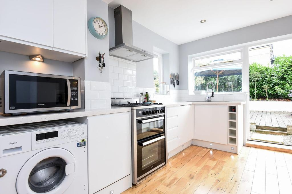 4 Bedrooms Terraced House for sale in Hubert Grove, Clapham