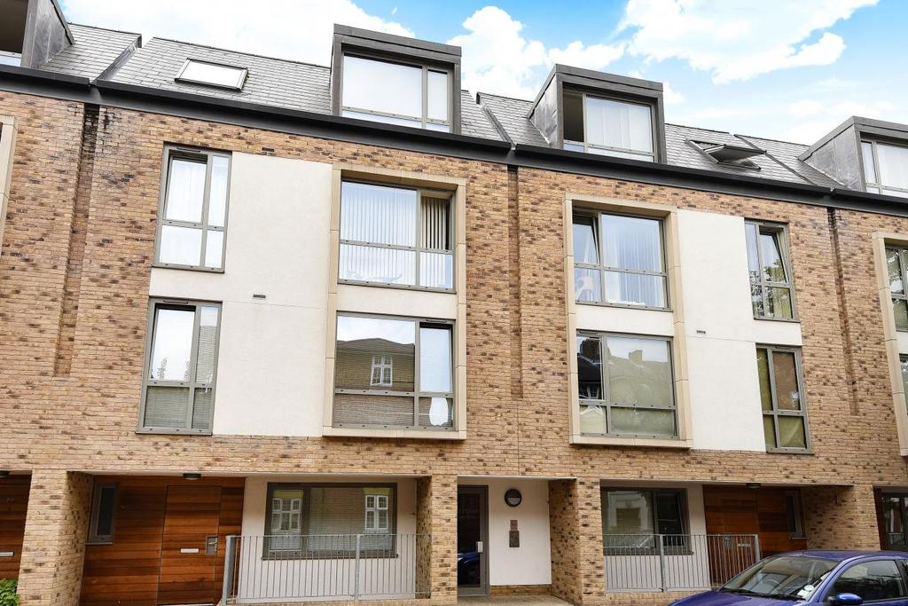 1 Bedroom Flat for sale in Liberty Street, Stockwell