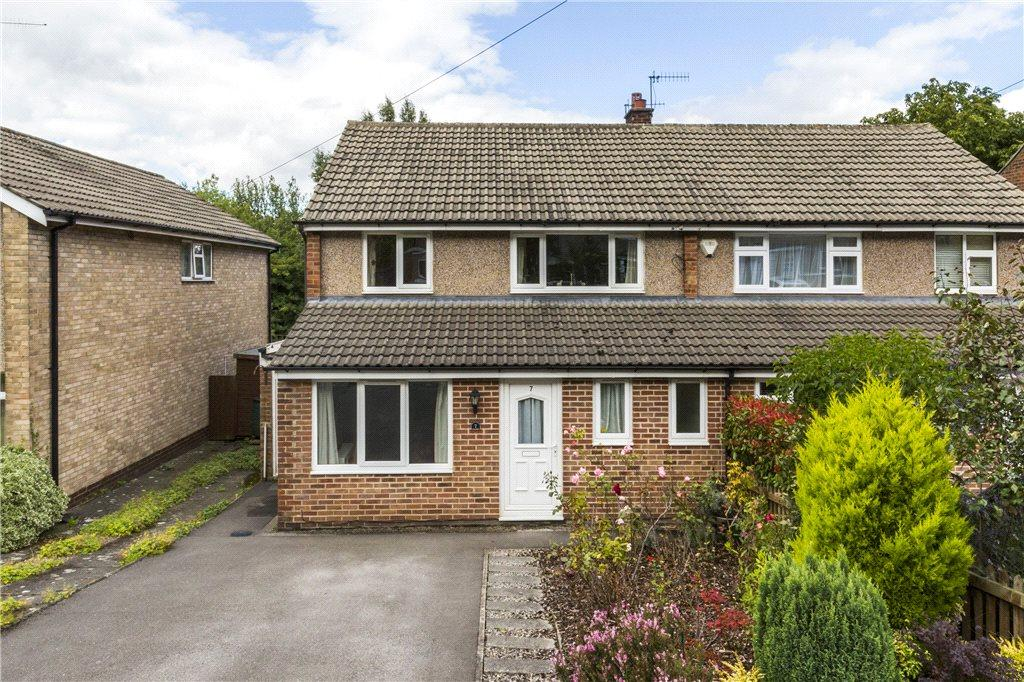 4 Bedrooms Semi Detached House for sale in Victoria Grove, Ilkley, West Yorkshire