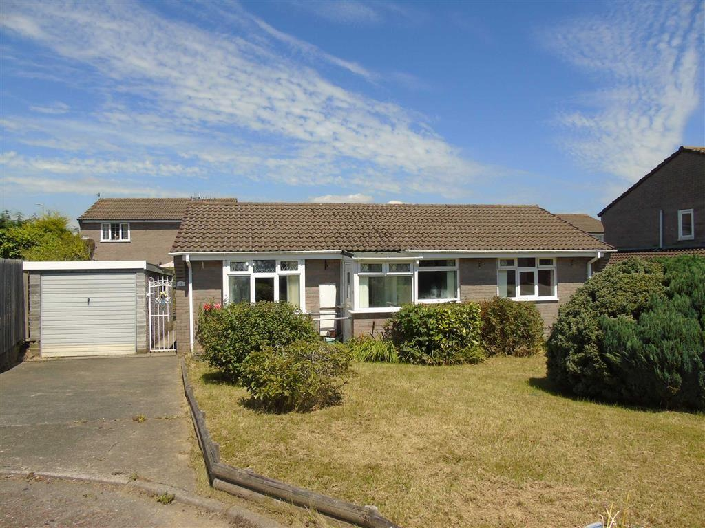 3 Bedrooms Detached Bungalow for sale in Heol Seion, Llangennech, Llanelli