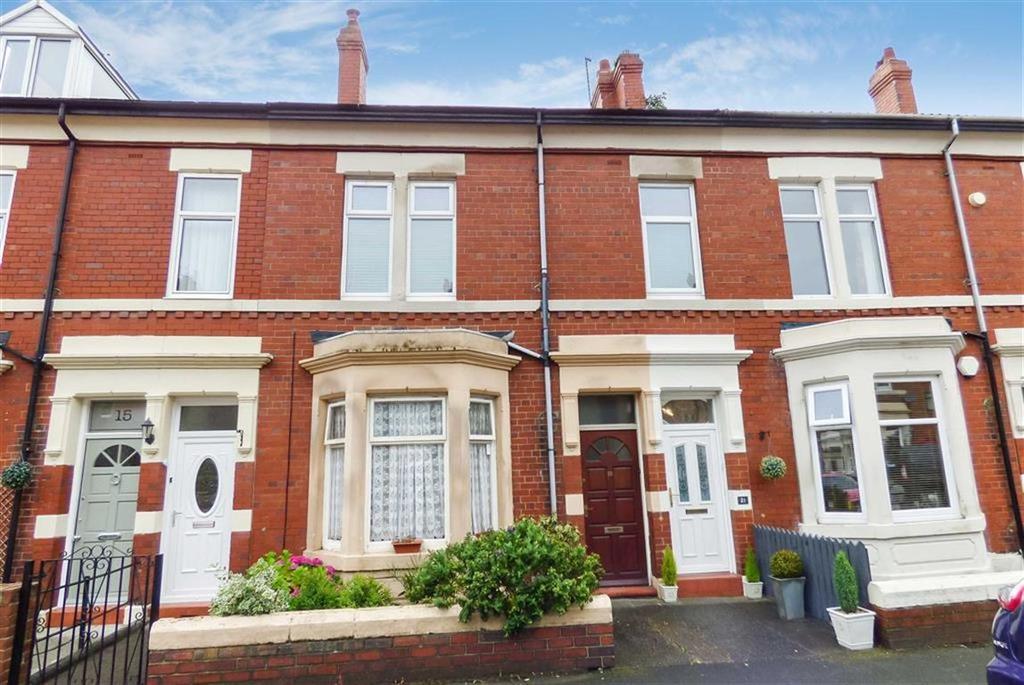 4 Bedrooms Flat for sale in Kielder Terrace, North Shields