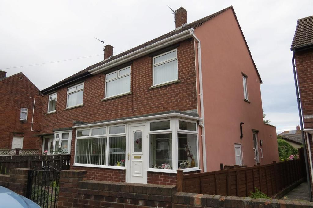 3 Bedrooms Semi Detached House for sale in Seaton Avenue, Newbiggin-By-The-Sea