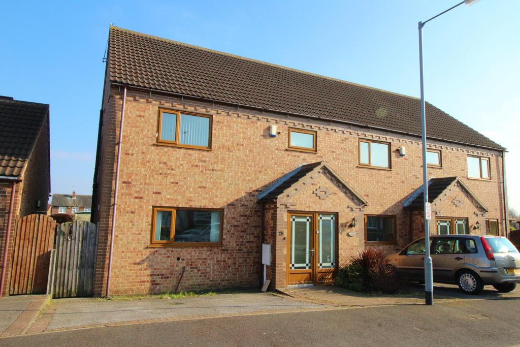 4 Bedrooms Semi Detached House for sale in Oxborough Road, Arnold NG5