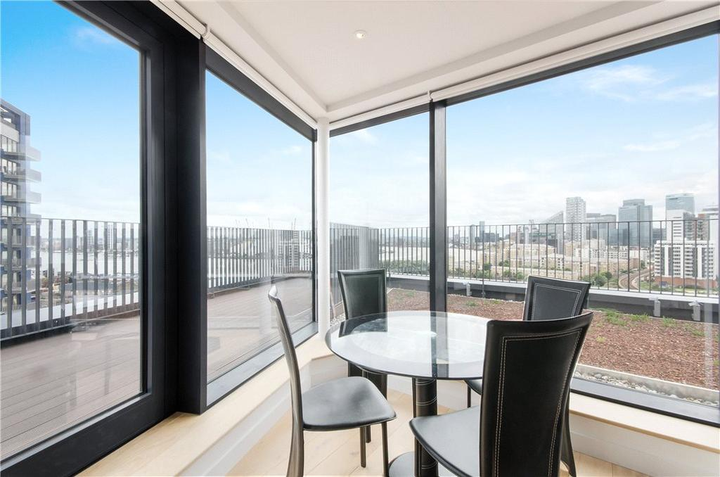 2 Bedrooms Penthouse Flat for sale in Java House, 15 Botanic Square, Nr Canary Wharf, London, E14