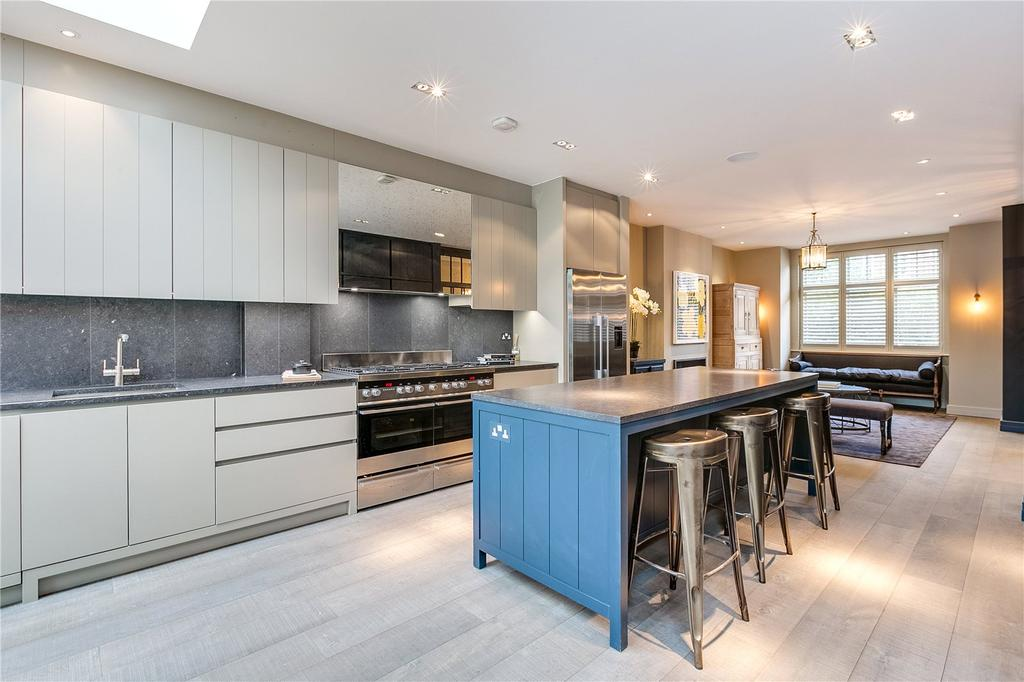 5 Bedrooms Terraced House for sale in Sulivan Road, Fulham, London