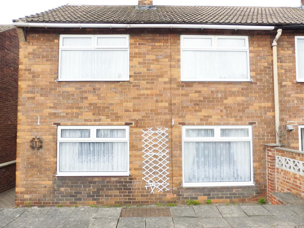 3 Bedrooms Semi Detached House for sale in Moorbridge Crescent, Brampton, Barnsley S73